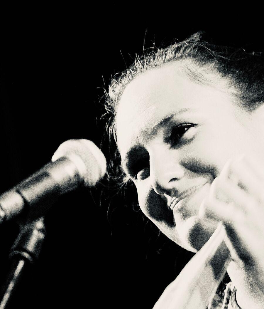 Julie Ben Semmane